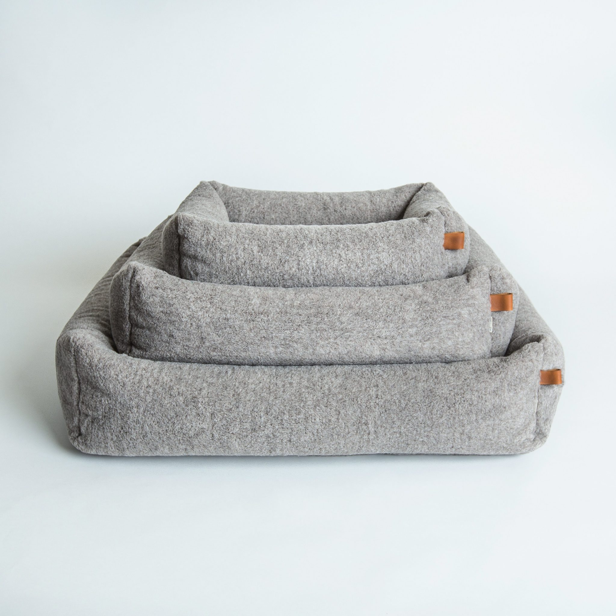 online snuggle check buy chequers bed grey luxury blanket store beds cave dog cosy