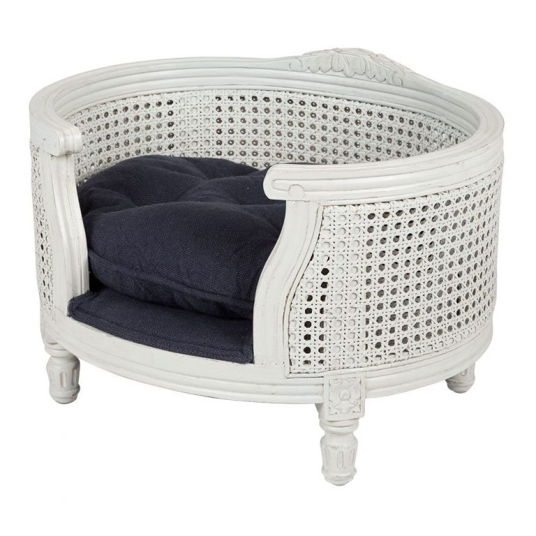 lord lou luxury dog bed George-webbing