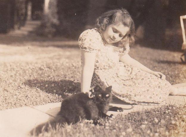 vintage girl and kitten